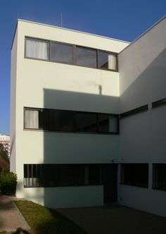Le Corbusier and Pierre Jeanneret's contribution to the 1927 Weissenhof Siedlung