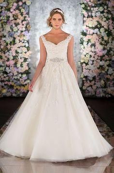 Ball Gown Wedding Dresses : Martina Liana Spring 2014