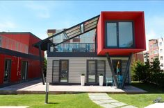 Tiny House Shipping Container, Building A Container Home, Container House Plans, Modern Tiny House, Tiny House Design, Modern House Design, Prefab Homes, Modular Homes, Container Architecture
