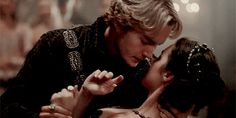 Frary | Francis + Mary dance | Reign 3x03 I WILL GO DOWN WITH THIS SHIP