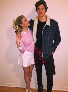 The Couples Halloween Costume Ideas That Will Go Down In His.- The Couples Halloween Costume Ideas That Will Go Down In History – Betty and Jughead Riverdale Costume - Cute Couples Costumes, Cute Couple Halloween Costumes, Halloween 2018, Halloween Outfits, Halloween History, College Couple Costumes, Halloween Costume Couples, Couple Costume Ideas, Hot Couple Costumes