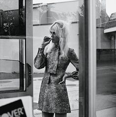 On The Way - Flair #12 Aymeline Valade by Gregory Harris ST LAURENT