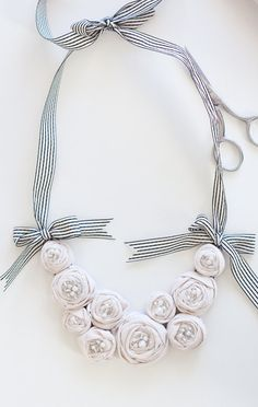 These fabric flower necklaces are so easy! Love the striped ribbon on this one!