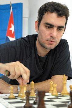 Ajedrecista cubano Leinier Domínguez viajará a Rusia: Domínguez, con dos mil 730 puntos Elo -el mejor de Latinoamérica y que lo colocan como el número 20 del ranking mundial-, competirá en el equipo San Petersburgo en el certamen de la Liga Rusa de clubes de ajedrez