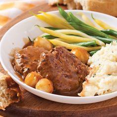 Galettes de boeuf, sauce aux petits oignons - Recettes - Cuisine et nutrition - Québécoise traditionnelle - Pratico Pratiques