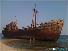 Navio abandonado em Lacónia Peloponeso - Grécia.