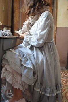 """They call this style """"Mori Girl"""" in Japan, meaning """"Forest Girl"""". Sort of a cross between Bohemian/Peasant/Lacey Feminine! Mode Shabby Chic, Robes Country, Mode Hippie, Mori Girl Fashion, Forest Girl, Romantic Outfit, Mode Style, Japanese Fashion, Country Girls"""