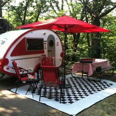 """""""This is just so darned cute, it almost makes me want to camp .... almost .... I still like to do my """"camping"""" at the Holiday Inn!"""" :-)..Beep Beep...Re-pin brought to you by agents of #ClassicRVinsurance at #HouseofInsurance in #Eugene/Springfield Or."""