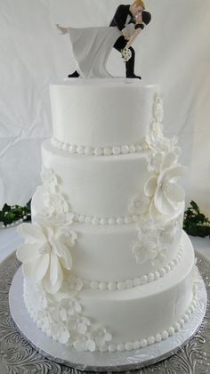 4 Tiered White Wedding Cake with Gumpaste and Fondant Magnolias and Hydrangeas