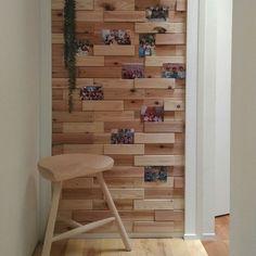 My Shelf/ウッドタイル/廊下の壁/平屋暮らし/写真コーナー/シンプルインテリア...などのインテリア実例 - 2018-04-05 05:49:36 | RoomClip (ルームクリップ)
