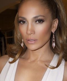 J Lo glow - makeup and hair.