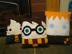 Wizard pillow, Hermione Granger, Ron Weasley,Luna Lovegood, Draco Malfoy, plush, Decorative Pillow    I WANT ONE!
