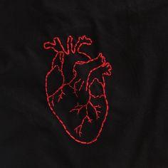 A camiseta que você encomenda com a gente é produzida à mão, com agulha e linha, por uma mulher, compre de mulheres! Compre do pequeno e apoie os produtores locais!..Quer uma? Chama na dm ou por email 💌✨..#compredopequeno #camisetabordada #bordado #tshirt #embroidery #embroiderytshirt #bordadolivre #fashion #heart #coracao #feitoamao #feitoamaocomcarinho #artesanato #handmade #conforto #comfy Shirt Embroidery, Embroidery Fashion, Hand Embroidery Patterns, Embroidery Stitches, Embroidery Designs, Compass Drawing, Sewing Art, Embroidered Clothes, Diy Clothes