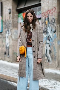 The Many Street Style Looks Of Berlin Fashion Week Berlin Fashion, New Fashion, Autumn Fashion, Style Fashion, Fashion Black, European Fashion, Retro Fashion, Fashion Ideas, Vintage Fashion