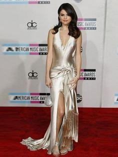selena gomez's dress..wow