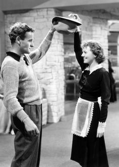Director William A. Wellman and Janet Gaynor on the set of A Star is Born, 1937. Janet Gaynor, Old Hollywood, Hollywood Actresses, Classic Hollywood, Billy Wilder, Old Music, Famous Couples, A Star Is Born, Film Director