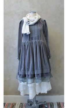 Hilda, Grey         2011-B