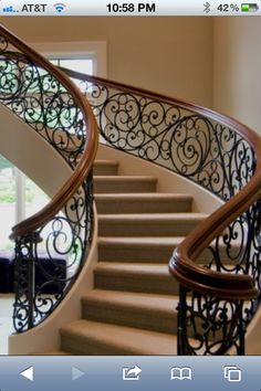 But with white steps and wood tops Staircase Railing Design, Wrought Iron Stair Railing, Staircase Handrail, Staircase Railings, Staircases, Balustrade Balcon, Balustrades, Iron Balcony, Balcony Railing