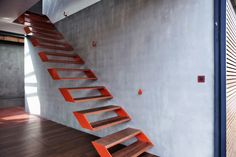 https://www.german-architects.com/de/projects/view/house-cliv