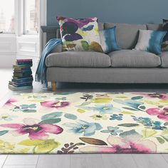 See my selection of fabulous floral rugs and designer rugs, which include flower pattern rug and contemporary rug options to brighten up your living room Decorating Your Home, Interior Decorating, Interior Design, Bluebellgray, Big Living Rooms, House And Home Magazine, Modern Rugs, Decoration, Home Accessories