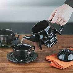 Are you looking for Star Wars Darth Vader Teapot? We have sorted out the best Star Wars gifts in the universe so that you don't need to go to galaxy far far away. Star Wars Decor, Decoration Star Wars, Cocina Star Wars, Star Wars Kitchen, Star Wars Darth Vader, Star Wars Facts, Star Wars Quotes, Star Wars Merchandise, Star Wars Wallpaper