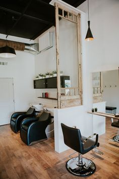 switching salons doesnt need to be difficult - Table Salon Design