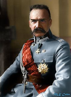 Jozef Pilsudski - The greatest warrior in modern Polish history, he escaped three prisons, defeated the Russian Army, and became hero to his people. Famous Polish People, Poland History, Warsaw Pact, Military History, Armed Forces, Bearded Men, Historical Photos, World War, Fotografia