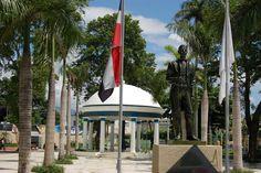 PARQUE DUARTE BONAO REPUBLICA DOMINICANA