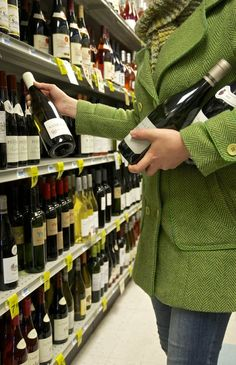 5 Types of Wine to Bring to a Party When You Have No Idea What's for Dinner…