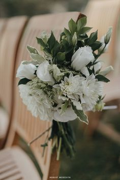 Oak & Linden Styling and Flowers Tom & Biz's wedding at Dunbar House