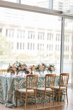 How to plan the perfect party: http://www.stylemepretty.com/living/2015/06/12/the-perfect-party-flow-12-tips-to-make-it-happen/ | Photography: Holeigh V - http://holeighvphotography.com/