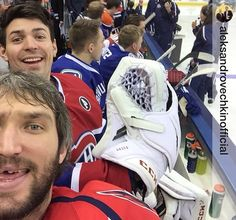 It's a shame Ovi is ruining this picture of the incredibly handsome Carey Price❤️
