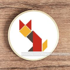 Tittle: Fox tangram This PDF counted cross stitch pattern available for instant download. Skill level: Beginner. Floss: DMC Fabric: