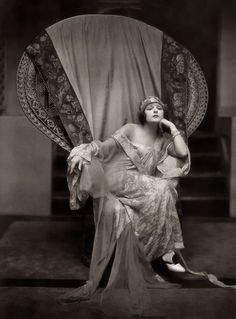 VINTAGE PHOTOGRAPHY: Norma Talmadge