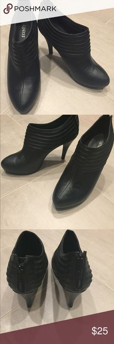 Eldita black ankle booties. Super cute black booties. Stiletto heel, zipper on the back. Only worn a few times. Wear em with jeans or dress pants. Almond shaped toe. I usually wear a 9, needed a lil more room with these shoes. Tags: booties, heels, cute heels, dressy heels, stiletto, work heels, shoes Eldita Shoes Ankle Boots & Booties
