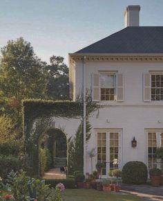 Dream Home Design, My Dream Home, Beautiful Homes, Beautiful Places, Beautiful Pictures, Beautiful Interiors, House Goals, Curb Appeal, Future House