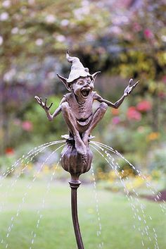 Seedpod Fountain. LOVE  David Goode's work!