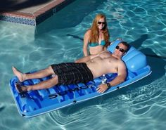 True to its name, Sumo Float is a large pool float that rules the waters. This extra large pool mattress has a drink holder and onboard floating ice cooler, so lay back, relax and make yourself comfortable! Large Pool Floats, Cool Pool Floats, Air Mattress, Casper Mattress, Mattress Mattress, Pool Rafts, Comfortable Pillows, Beach Toys, Beach Gear