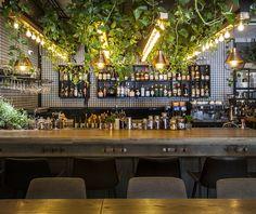 416 vegetarian restaurant tel aviv #restaurantdesin Vegan Chef, Vegetarian, Tel Aviv Israel, Bar Interior, Vegan Restaurants, Cafe Design, Commercial Interiors, Restaurant Design, Portal