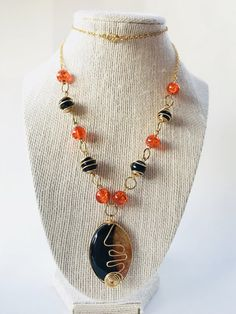 Orange and Black Agate Necklace – Luzjewelrydesign