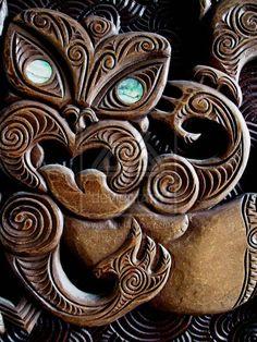 Maori wood carving from the University Of Canterbury Tiki Totem, Tiki Tiki, Maori Tribe, Tiki Tattoo, Maori Patterns, Polynesian Art, Maori Designs, Wood Carving Designs, Maori Art