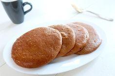 Luchtige koffie koeken van amandelmeel