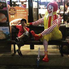 RORONOA ZORO on Instagram: 익살꾼 꼬마  #맥도날드