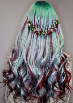 Lavender Hair With Gentle Highlights; Adorable S… Lavender Hair With Gentle Highlights; Adorable Silver Lavender Hair Trend in 2019 Silver Lavender Hair, Lavender Hair Colors, Hair Dye Colors, Cool Hair Color, Rainbow Hair Colors, Cute Hair Colors, Crazy Hair, Pretty Hairstyles, Latest Hairstyles