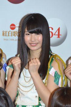A Sneak Peak at AKB48′s Kohaku Uta Gassen Rehearsal Yui Yokoyama