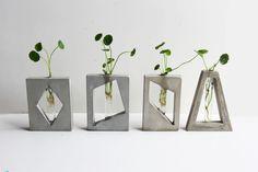 Beton Design, Concrete Design, Cement Art, Concrete Crafts, Concrete Projects, Concrete Furniture, Concrete Planters, Plant Decor, Accessories