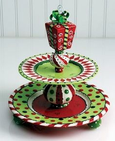 Creative Cheap DIY Dollar Store Christmas Decor Ideas Inspirational Cheap DIY Dollar Store Christmas Decor Ideas tree Cheap and Easy Dollar Store Christmas Decoration Beautiful Dollar Store Christmas Christmas Decorations from the Dollar Store * a Diy Christmas Decorations, Christmas Projects, Holiday Crafts, Holiday Fun, Christmas Ideas, Holiday Decorating, Desk Decorations, Holiday Hair, Christmas Outfits