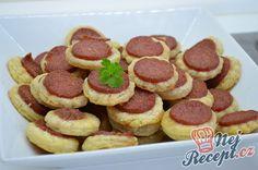 Vynikající sladká pochoutka s Oreo sušenkami Snacks Für Party, Party Tops, Holidays And Events, Finger Foods, Oreo, Sausage, Food And Drink, Cooking Recipes, Meals