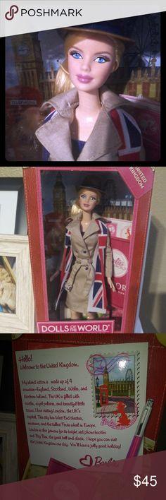 1333963f1f640 Barbie Dolls of the World United Kingdom Beautiful United Kingdom Barbie  doll