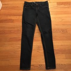 The beat Jean leggings! I love love these. I hated jeans until I found these. I would keep but are a little big as I am now more of a size 4. A little fading at knee but otherwise perfect condition! Mossimo Supply Co Jeans Skinny